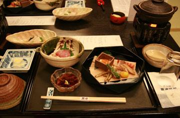 岡崎旅館夕食0.jpg