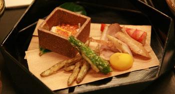 岡崎旅館夕食2_八寸.jpg