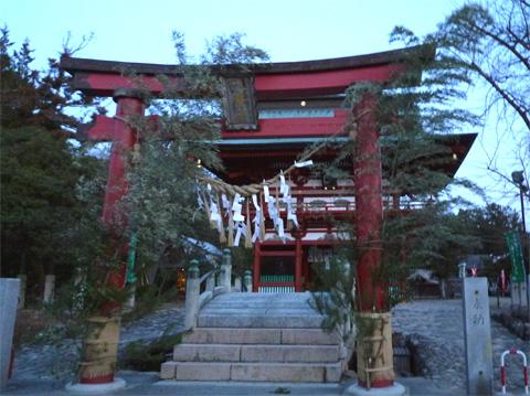 飯野八幡宮.jpg