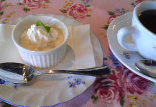 LuculiaTea_Lunch2.jpg